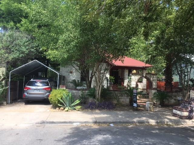 2206 Willow St, Austin, TX 78702 (#9506783) :: The ZinaSells Group