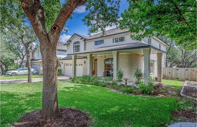8921 Lanna Bluff Loop, Austin, TX 78749 (#9543354) :: Ben Kinney Real Estate Team