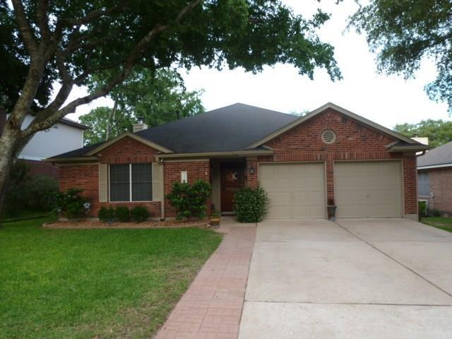 7501 Vol Walker Dr, Austin, TX 78749 (#9549068) :: Watters International