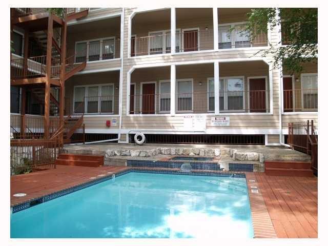 2901 San Jacinto Blvd #206, Austin, TX 78705 (#9567167) :: TexHomes Realty