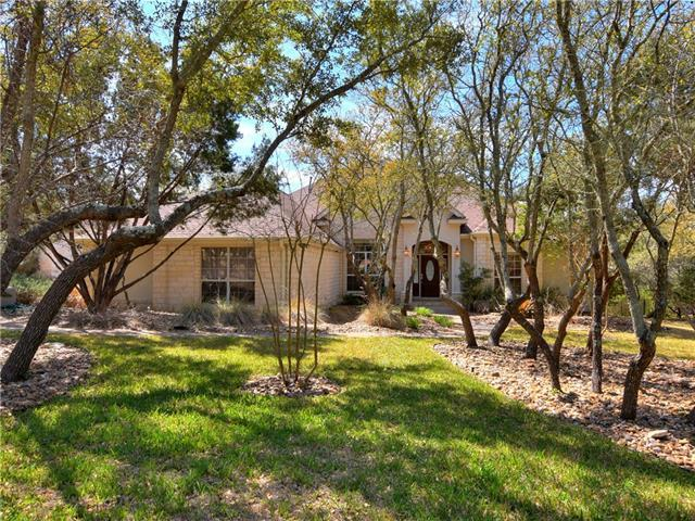 5404 Carbine Cir, Bee Cave, TX 78738 (#9630248) :: Watters International