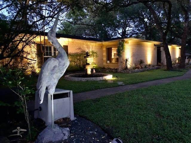 5800 Sierra Madre St, Austin, TX 78759 (#9640826) :: Ben Kinney Real Estate Team