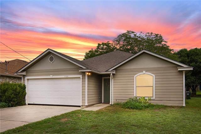 1106 N Bishop St, San Marcos, TX 78666 (#9654529) :: Front Real Estate Co.