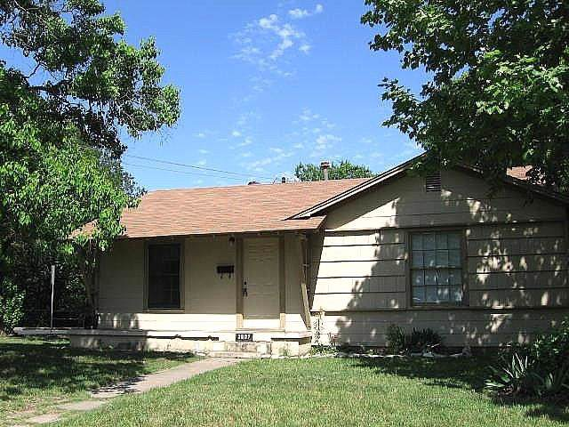 3807 Grayson Ln, Austin, TX 78722 (#9722292) :: Papasan Real Estate Team @ Keller Williams Realty