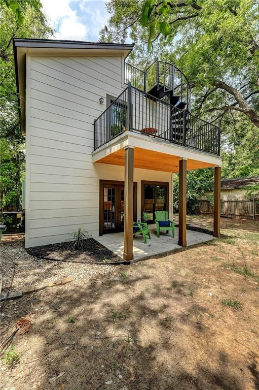 2617 Willow St #2, Austin, TX 78702 (#9767901) :: The Heyl Group at Keller Williams