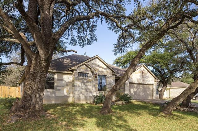 5 Honeysuckle Ln, Wimberley, TX 78676 (#9846529) :: The ZinaSells Group