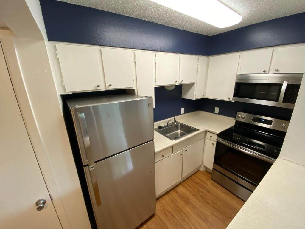 808 Winflo Dr - Photo 1