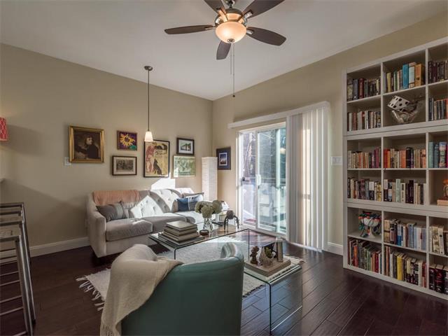 2013 E Cesar Chavez St C, Austin, TX 78702 (#9928831) :: Papasan Real Estate Team @ Keller Williams Realty