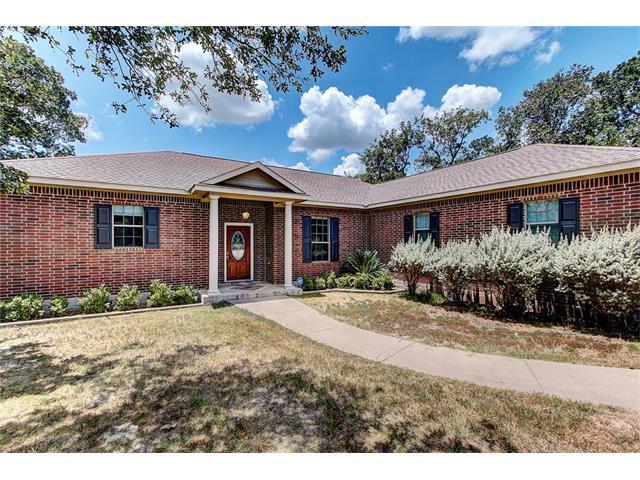 134 Spanish Oak Trl, Elgin, TX 78621 (#1265940) :: Kevin White Group