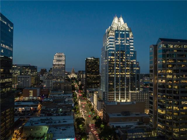 200 Congress Ave 19B, Austin, TX 78701 (#1311806) :: TexHomes Realty
