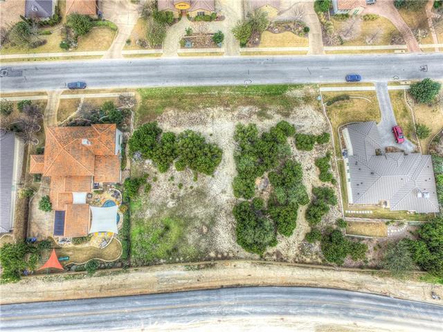 223 Golden Bear Dr, Austin, TX 78738 (#1551577) :: Forte Properties