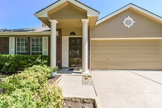 102 Palmwood Trl, Pflugerville, TX 78660 (#1606659) :: The Perry Henderson Group at Berkshire Hathaway Texas Realty
