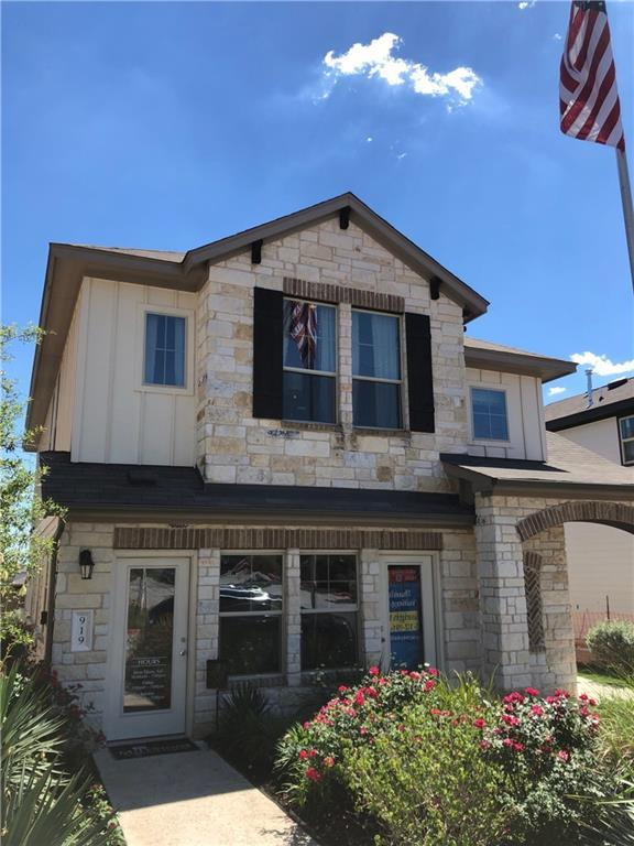 919 Cottage Bank Trl, Austin, TX 78748 (#1738241) :: Watters International