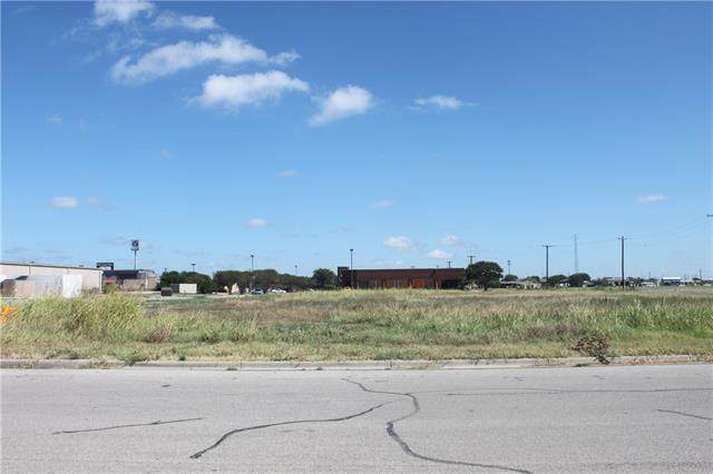 Lockhart, TX 78644 :: Vista Real Estate