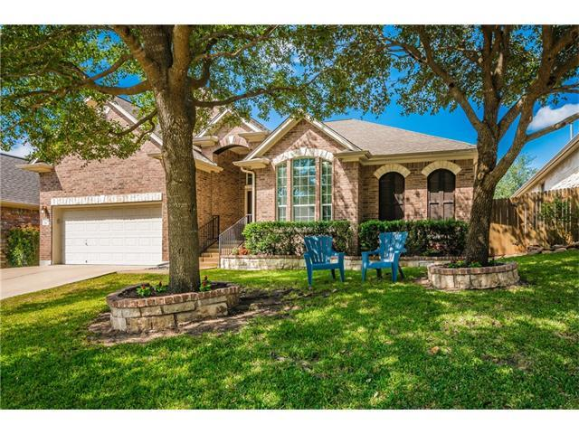 1204 Grand Champion Dr, Austin, TX 78732 (#2200051) :: TexHomes Realty