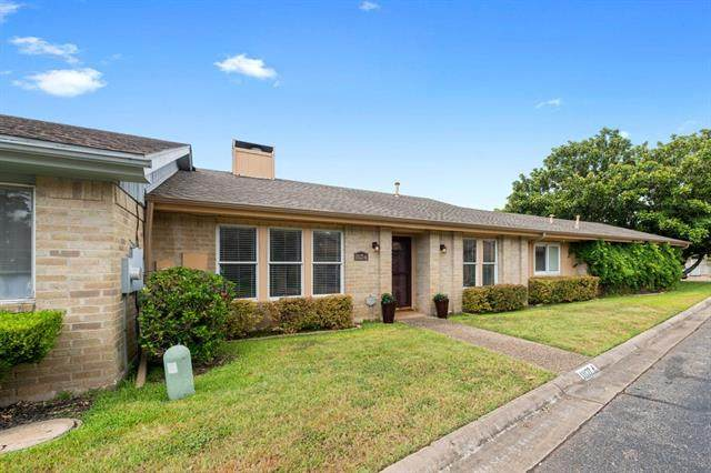 11127 Pinehurst Dr A, Austin, TX 78747 (#2502881) :: The Perry Henderson Group at Berkshire Hathaway Texas Realty