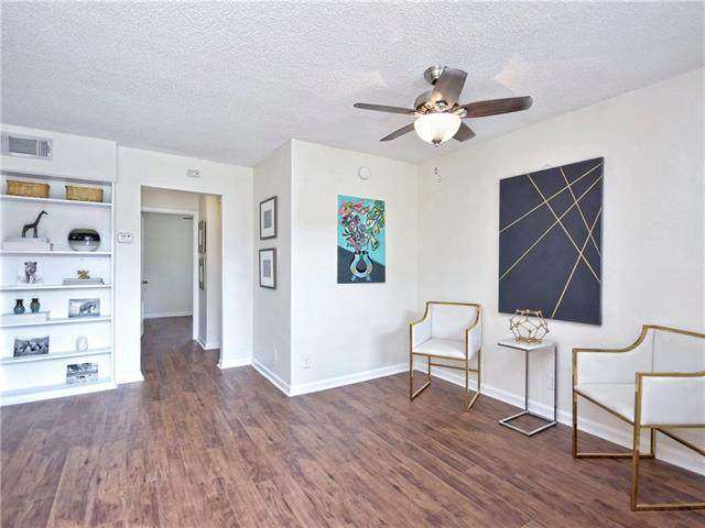 2401 Manor Rd #122, Austin, TX 78722 (#2624510) :: 12 Points Group