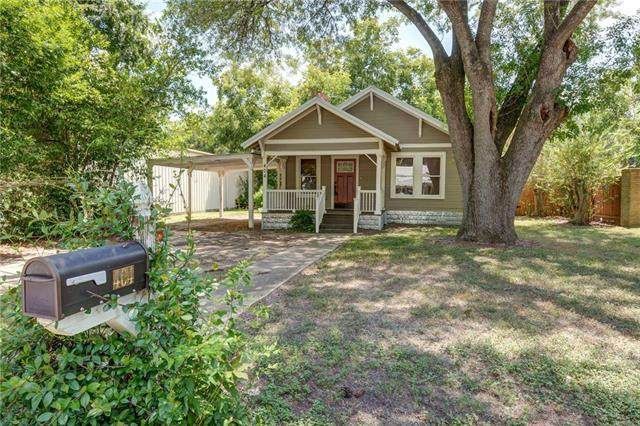 404 Turney St, Smithville, TX 78957 (#2689441) :: RE/MAX Capital City