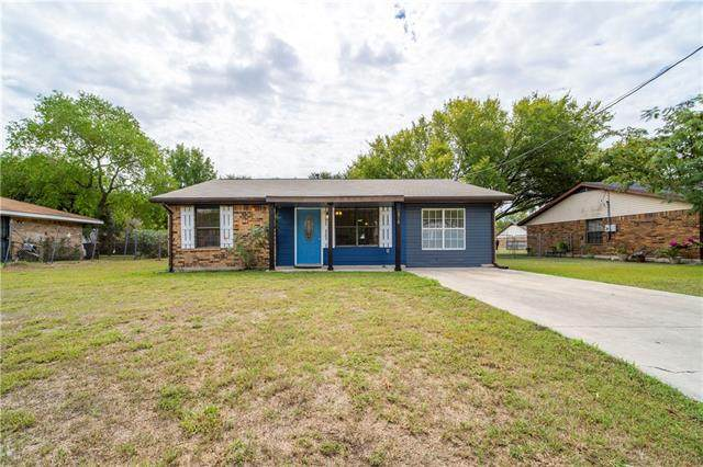 1308 Pendergrass St, Lockhart, TX 78644 (#2854504) :: The Perry Henderson Group at Berkshire Hathaway Texas Realty