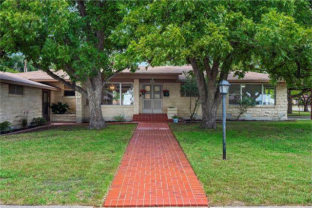 215 S Mulberry St, Luling, TX 78648 (MLS #2934290) :: Vista Real Estate
