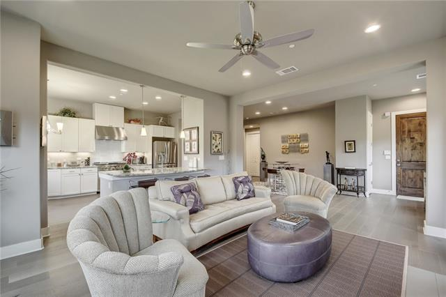 8200 Southwest Pkwy #306, Austin, TX 78735 (#3036958) :: Austin International Group LLC
