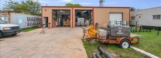 15701 Brenda St, Austin, TX 78728 (#3103393) :: Cord Shiflet Group