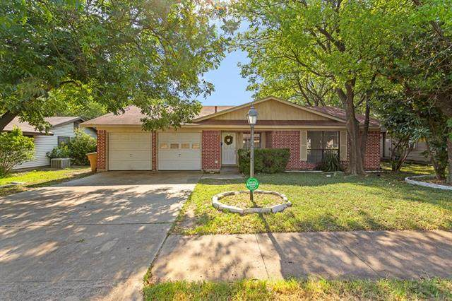 8605 Colonial Dr - Photo 1