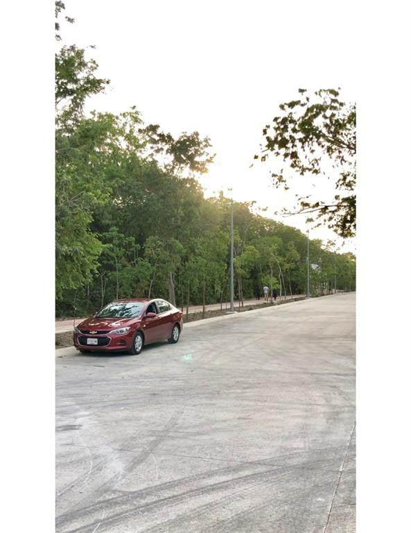12 Parque Mexico Ave - Photo 1