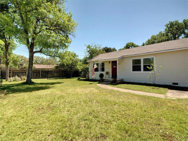 1301 E Main St, Round Rock, TX 78664 (#3582730) :: Forte Properties