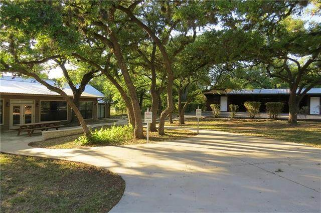 26222 Ranch Road 12, Dripping Springs, TX 78620 (#3679352) :: The Perry Henderson Group at Berkshire Hathaway Texas Realty