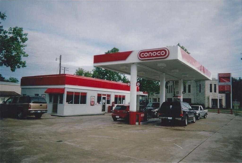 702 Houston St - Photo 1