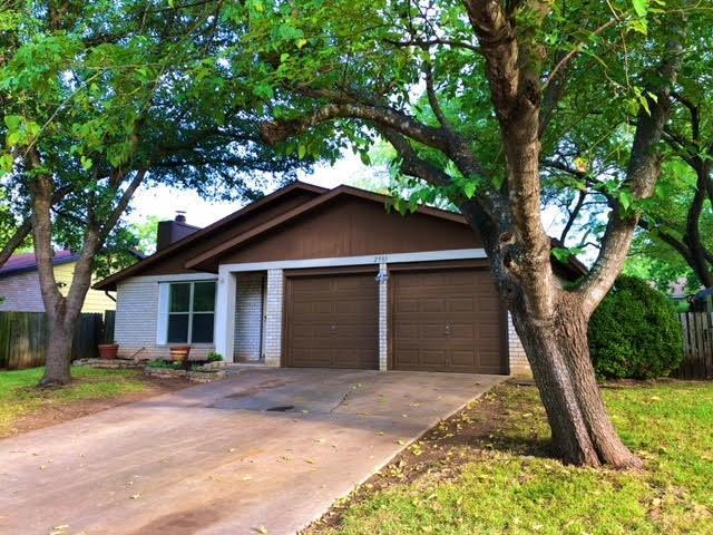 2901 Bushnell Dr, Austin, TX 78745 (#4084789) :: The Perry Henderson Group at Berkshire Hathaway Texas Realty