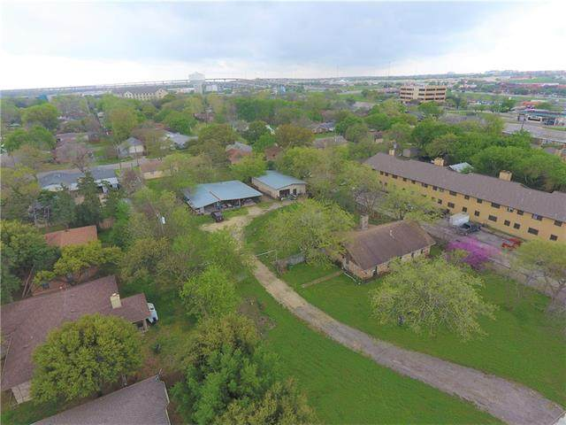 201 Gattis School Rd, Round Rock, TX 78664 (#4103059) :: The Perry Henderson Group at Berkshire Hathaway Texas Realty