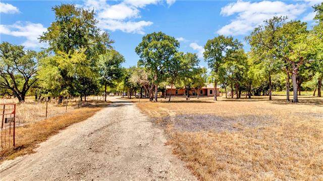 4371 Highway 138, Florence, TX 76527 (#4416990) :: The Heyl Group at Keller Williams