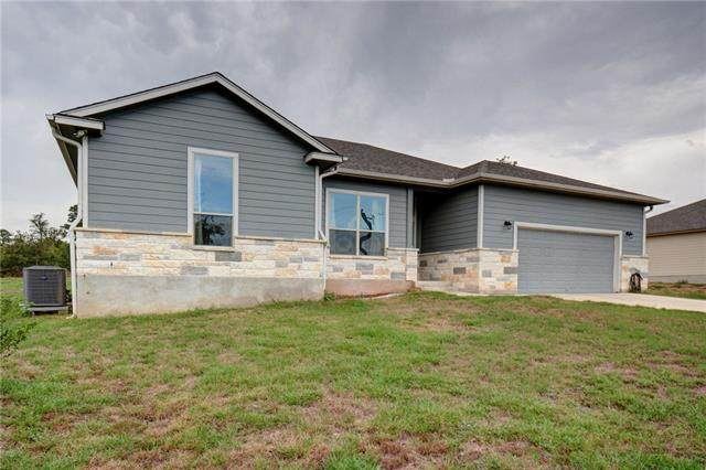 233 Cardinal Loop, Paige, TX 78659 (#4590464) :: Lucido Global