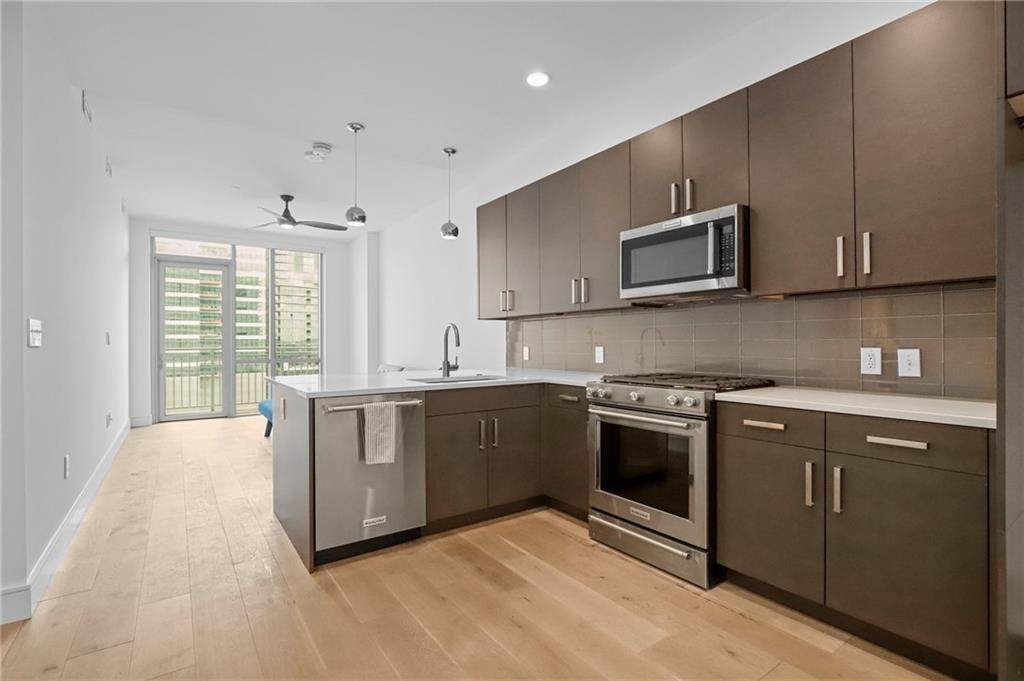 222 West Ave - Photo 1