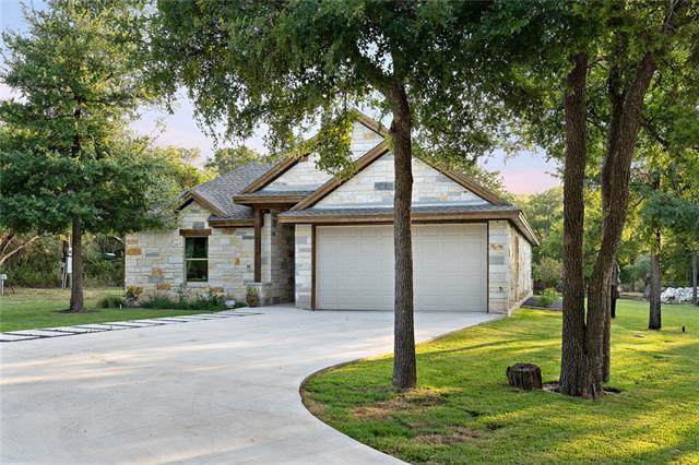 865 Cr 208, Florence, TX 76527 (#5025966) :: The Heyl Group at Keller Williams