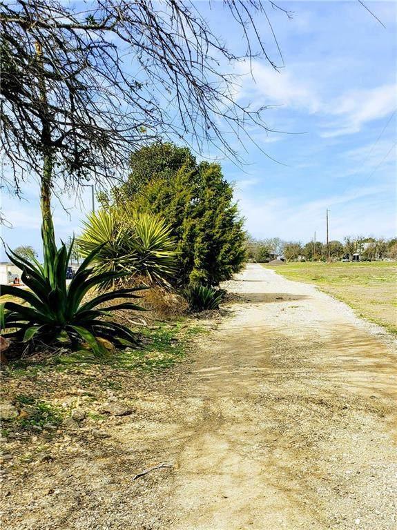 Jarrell, TX 76537 :: Zina & Co. Real Estate