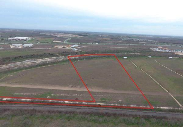 Tract 2 (20.04 Acres Post Rd, San Marcos, TX 78666 (#5157965) :: The Perry Henderson Group at Berkshire Hathaway Texas Realty