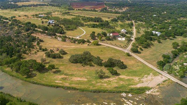 73 Pfeiffer Rd, Fredericksburg, TX 78624 (#5291909) :: Front Real Estate Co.