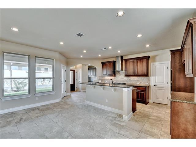 505 Clubhouse Dr, Georgetown, TX 78633 (#5811144) :: The ZinaSells Group
