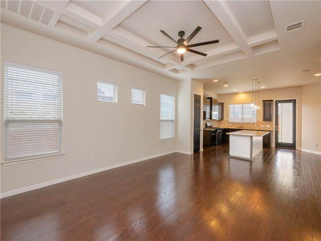 1404 Clearwing Cir - Photo 1