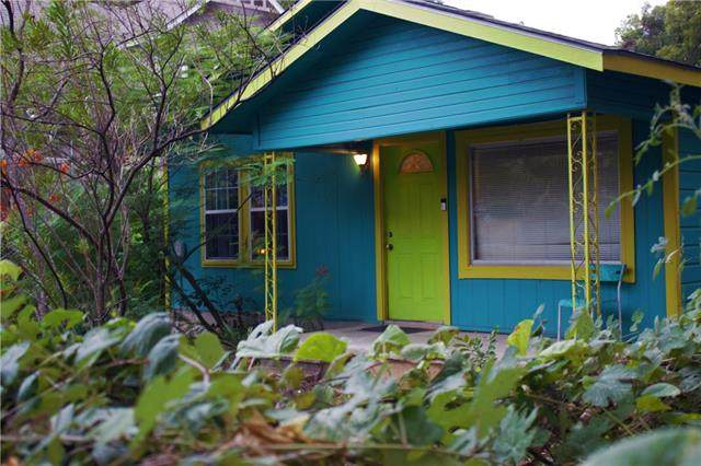 1004 Linden St, Austin, TX 78702 (#6346873) :: The Heyl Group at Keller Williams