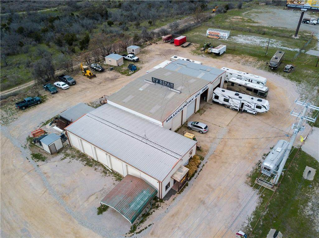 1400 Us 281 Highway - Photo 1