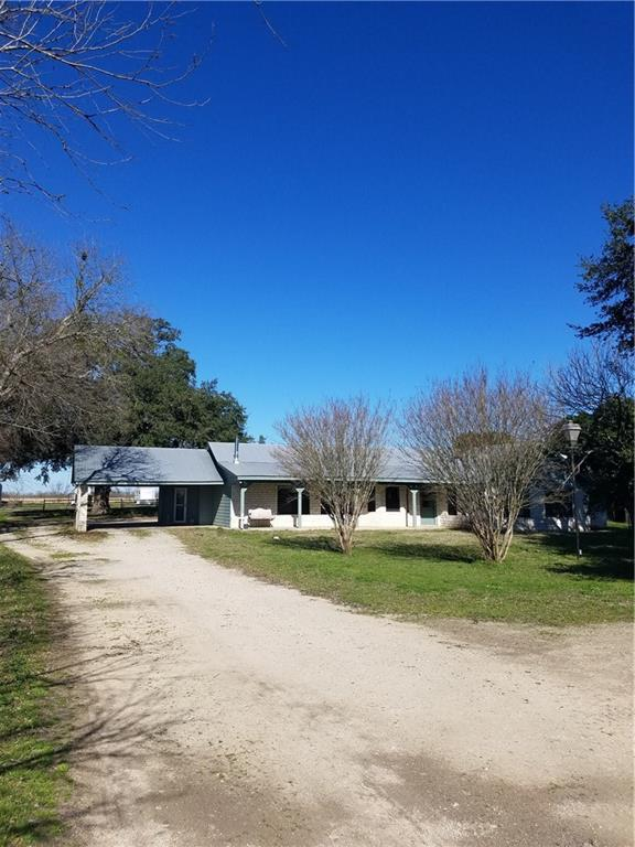 400 Tatum Rd, Martindale, TX 78655 (#6662040) :: Ben Kinney Real Estate Team