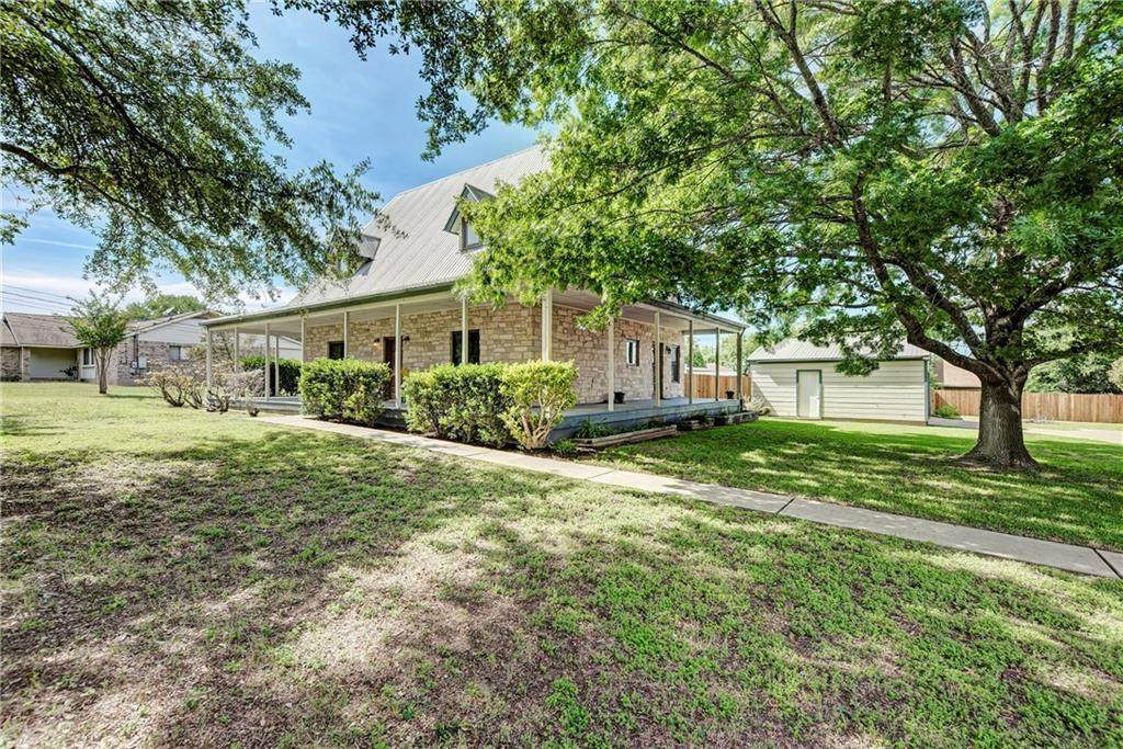 114 Meadow Woods Dr - Photo 1