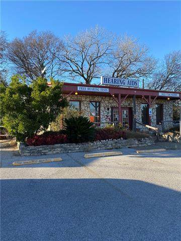 714 E Polk St, Burnet, TX 78611 (MLS #6878398) :: Vista Real Estate