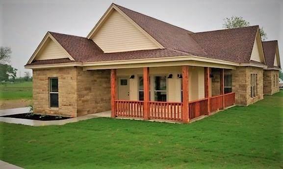 104 Four B Way, Smithville, TX 78957 (#6981398) :: Ben Kinney Real Estate Team