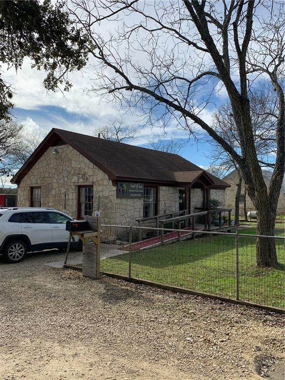 1005 W Highway 290, Dripping Springs, TX 78620 (#6994210) :: The Perry Henderson Group at Berkshire Hathaway Texas Realty