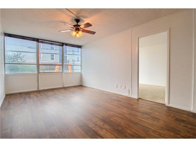 1800 Lavaca St A-105, Austin, TX 78701 (#7186918) :: Papasan Real Estate Team @ Keller Williams Realty